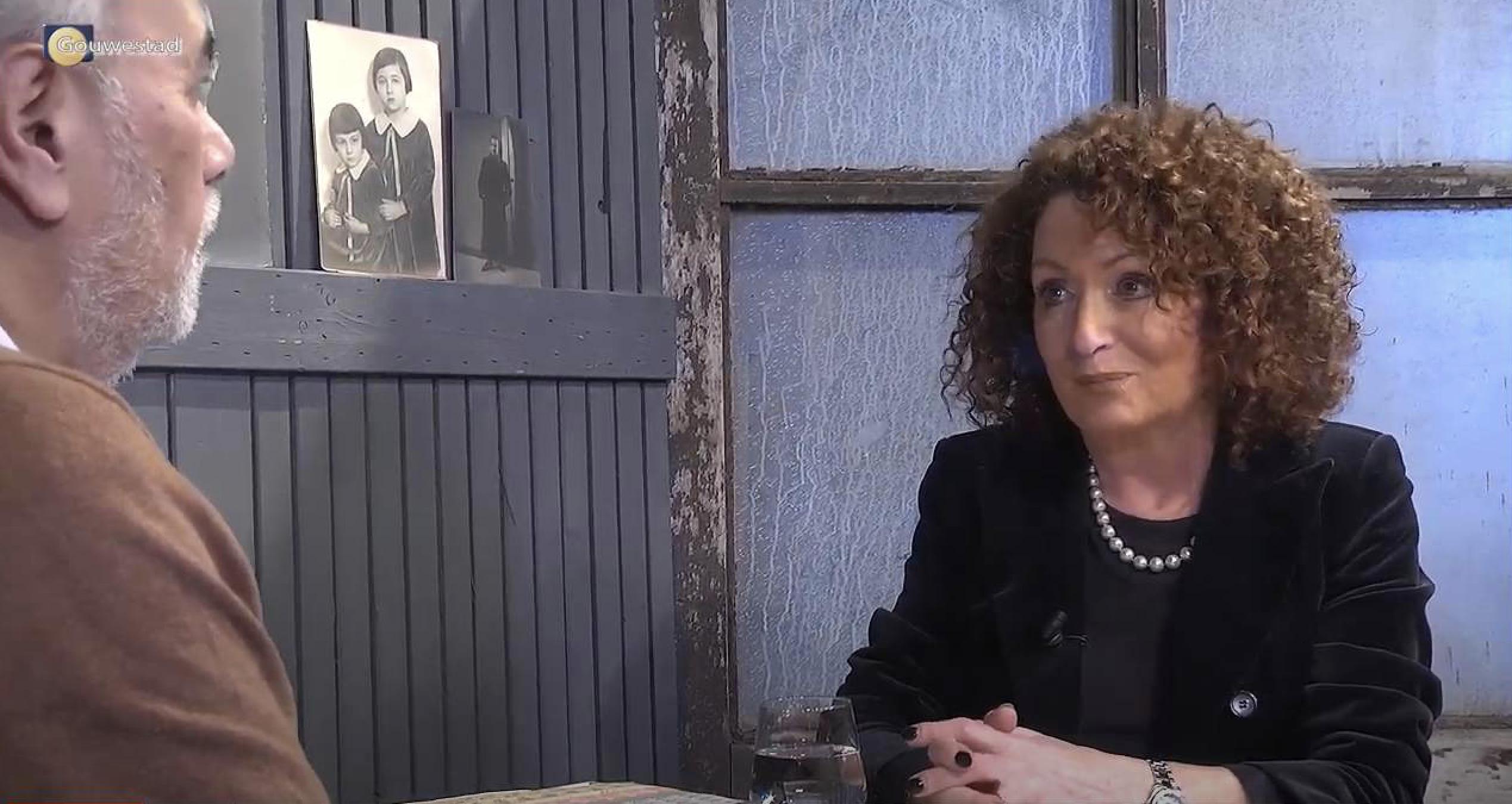 Gastspreker Lea van Coeverden in productie RTV Gouwestad